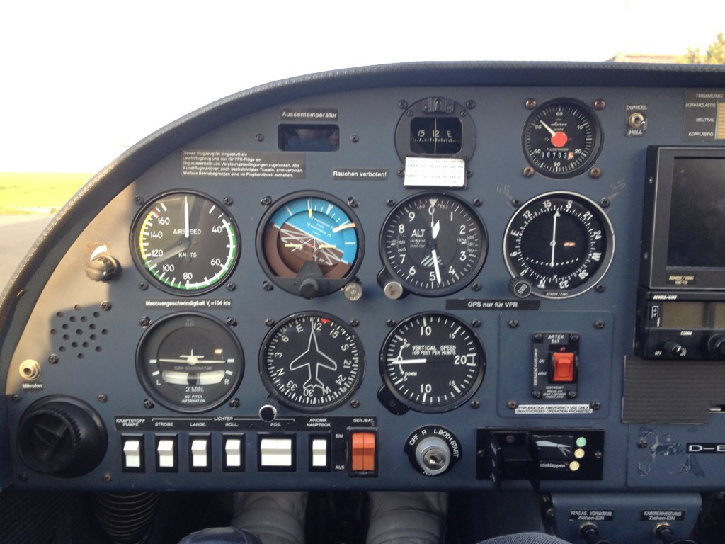 Diamond DA-20 Katana Cockpit